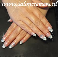 French manicure with faded silver glitter and strass nail art round nails
