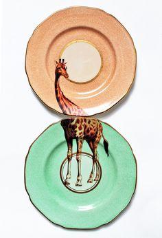 vintage giraffe plates