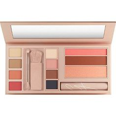 This looks so nice!! it has everything in one! and the packaging is so pretty! Maybelline Gigi Hadid Jetsetter Palette