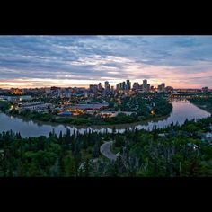 Edmonton, Alberta şu şehirde: Alberta