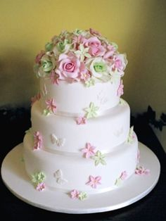 Most wedding cakes are decorated with flowers made of icing or silk, although there's always the option of fresh flowers. Description from thecookduke.com. I searched for this on bing.com/images