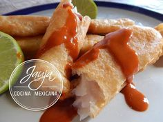 Hispanic Dishes, Salsa Picante, Mexican Dishes, Fish And Seafood, Hot Dog Buns, Yummy Food, Bread, Ethnic Recipes, Youtube