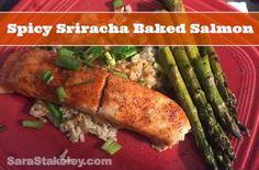 Salmon, Clean eating, Sriracha baked Salmon, Sarastakeley.com, Sara Stakeley, easy recipe, 21 day day fix dinner,