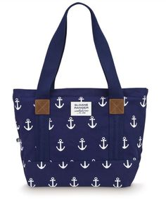 Nautical Beach Tote- would be so easy to make! where can I find an anchor stamp...?