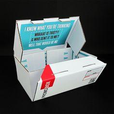 Promo-box, mint önéletrajz?  Az biztos, hogy a HR-es felfigyel rá, s ha kihajtogatja a dobozt, el is tudja olvasni a belső oldalaira írt CV-t.