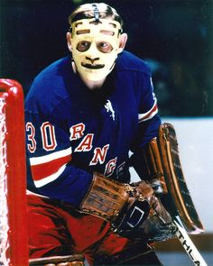 """""""Happy birthday to former goalie and ace harness-racing driver Gilles Villemure Rangers Hockey, Women's Hockey, Hockey Players, New York Rangers, New York Giants, History Of Hockey, Goalie Mask, Masked Man, Nhl"""