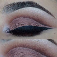 Brown cut crease ♢