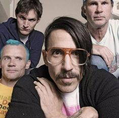 Chilli Pepers, John Frusciante, Anthony Kiedis, Band Photography, Hottest Chili Pepper, Black Sabbath, My Favorite Music, Music Bands, Music Artists