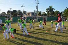 La Escuela de béisbol Babys que tiene su sede en el campo de la Unidad Deportiva Morelos, de la colonia Revolución de la ciudad capital del ...