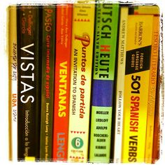 A list of spanish textbooks and vocabulary lists for each textbook (very useful) !!! One of my most-used website links