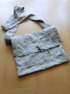 The pilgrim's bag made by Simon.  Haandkraft: March 2009
