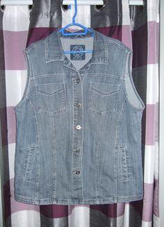Kaufe meinen Artikel bei #Kleiderkreisel http://www.kleiderkreisel.de/damenmode/mantel-and-jacken-sonstiges/108398658-blaue-schlichte-tolle-jeans-weste