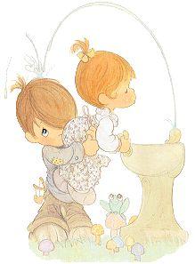<3 Precious Moments Bubbler