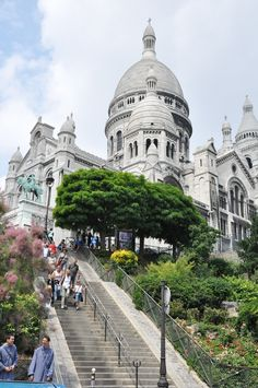 Basilique du Sacre Coeur, the second highest place in Paris, will hopefully be worth the climb up all those steps!