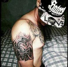 El arte hecho en tu piel sólo en  @tributotattoostudio  Trabajo realizado por @ampertattoo citas disponibles tres tus ideas tatuate con los mejores y forma parte de la familia Tributo  #tatuadoresdearagua #tributotattoostudio #teamtributo #familiatributo #tattoo #publiciudadmcy  #tatuadoresdevenezuela #vzlatattoo #tattoolife #tattoovenezolano #tattoolife #inkstagram #inktattoo #realismtattoo #publicidad #branding  #NegroYGrisTattoo #ink #Inked #maracay #venezuela
