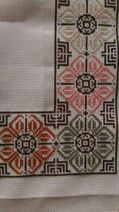 vintage linen embroidered table runner Floral Cross by Retroom Cross Stitch Borders, Cross Stitch Flowers, Cross Stitch Designs, Cross Stitching, Cross Stitch Embroidery, Hand Embroidery, Embroidery Patterns, Cross Stitch Patterns, Palestinian Embroidery