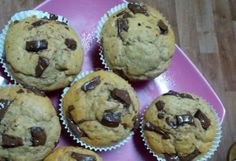 Banánové muffiny   NejRecept.cz Muffin, Cupcakes, Sweets, Breakfast, Food, Author, Morning Coffee, Cupcake Cakes, Essen