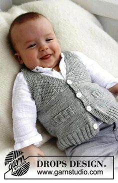 Bu yazım fazlaca küçük adam yelekleri ve hırkaları içermektedir ,lütfen dikkat :) Hep kız bebekler ve çocuklar için model var erkek bebekler için model çok az diye mesajlar geliyor facebook sayfamı…