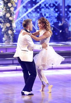 "Derek Hough & Amy Purdy danced a jive routine to ""Shout"" by The Isley Brothers  -  Dancing With the Stars -  week 6  -  Season 18  -  Spring 2014  -   Score  -   9+10+9+10 = 38 of 40 possible points"