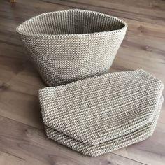 NaLaN'ın Dünyası : Yazlık Bandana Saplı Örgü Hasır Çanta Yapımı Crochet Star Stitch, Crochet Stars, Crochet Bowl, Crochet Basket Pattern, Lace Patterns, Crochet Patterns, Diy Crafts Crochet, Crochet Handbags, Knitted Bags
