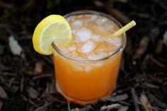 Carrot Water Kefir the unusual flavor that will blow your mind! Refreshing Drinks, Summer Drinks, Kefir Culture, Kombucha Starter, High Cholesterol Diet, Fermentation Recipes, Homebrew Recipes, Kefir Recipes, Sauce Recipes