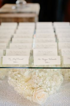 classic white place cards | Photography: Erin Hearts Court - erinheartscourt.com