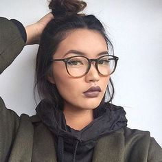 Glasses outfit, glasses style, cute glasses, new glasses, makeup with g Glasses Outfit, Cute Glasses, New Glasses, Girls With Glasses, Glasses Frames, Glasses Style, Makeup Goals, Beauty Makeup, Hair Makeup