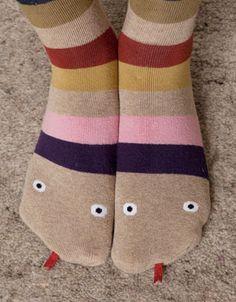 Cute for kids' socks Little People, Little Girls, Serpent, Inspiration Mode, Kids Socks, Sock Shoes, Kids Wear, What I Wore, Kids Playing