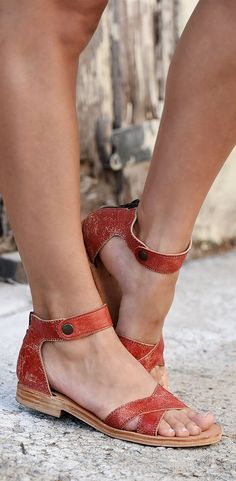 It's always sunny in California! Double tanned leather sandal by BEDSTU.