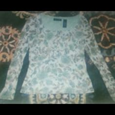 Kindred Small Access moss greenlong sleeves Excellent condition Access shirt small ....flow  with subtle gathers across /under bust. ...very flattering  ....polyester  .....brown and moss green Axcess Tops Blouses