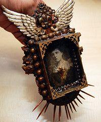 Pocket shrine: http://pocketshrines.livejournal.com