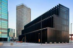 Office building Layetana en la Plaz Europa de l'Hospitalet de Llobregat, Spain by RCR Arquitectes