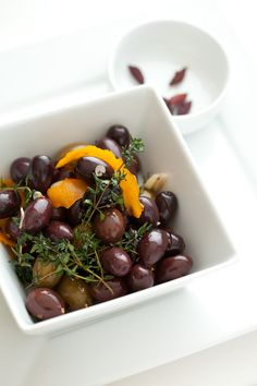 Paleo Kickin' Orange Marinated Olive Recipe / @DJ Foodie / DJFoodie.com (omit crushed red pepper for AIP)