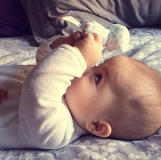 Uploaded by Find images and videos about cute and baby on We Heart It - the app to get lost in what you love. Cute Baby Boy Images, Cute Baby Videos, Cute Baby Pictures, Baby Photos, Cute Babies Photography, Baby Tumblr, Baby Gallery, Cute Baby Wallpaper, Funny Baby Quotes