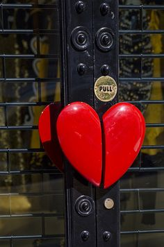 Grab my heart and pull -- I Love Heart, With All My Heart, Happy Heart, Door Knobs And Knockers, Knobs And Handles, Door Handles, Door Pulls, Door Accessories, Unique Doors