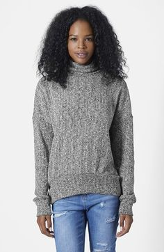 chunky cocoon sweater // pair it with leather leggings