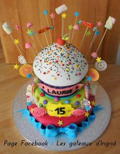 """Cup cake geant Cree par : """" Les gateaux d Ingrid """" ( facebook"""