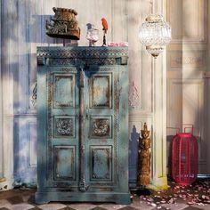 Armoire indienne en manguier bleue effet vieilli L 88 cm Indira   Maisons du Monde