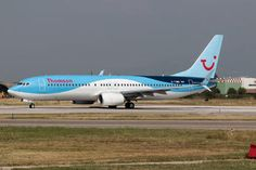 G-TAWD - Thomson/Thomsonfly Boeing photo views) Thomson Airways, Holiday Flights, Aviation Image, Cargo Airlines, Latest Images, Airports, Airplanes, Aircraft, Commercial