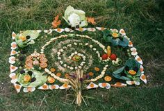 I love this outdoor harvest altar.