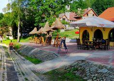 Finden Sie eine erstaunliche Ferienresort am See in Polen bei Złoty Potok Resort . Jedes Haus hat einen schönen Blick auf den See. Wir bieten erstklassige Einrichtungen und Aktivitäten für unsere Gäste zu einem vernünftigen Preis .