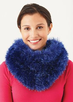 Cushy Fur Cowl #Knit #MichaelsStores
