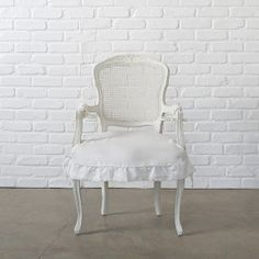 Darcy Chair with Arms