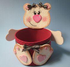 Como fazer uma ursinha porta-doces com EVA e fitas Sinimbu