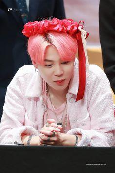 Jimin boy with luv Namjoon, Taehyung, Seokjin, Jhope, Jimin Selca, Park Ji Min, Mochi, Busan, Bts Boys