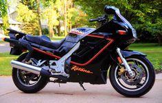 Suzuki_GSX_1100F_Katana_1988