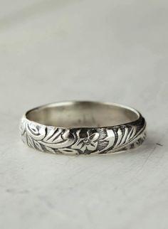 Lovely Engraved Rose Ring