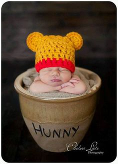 Newborn Baby Boy Photography,Oh my hunny! :) Winnie the Pooh baby! Boy Pictures, Cute Baby Pictures, Newborn Pictures, Cowboy Baby, Newborn Shoot, Baby Boy Newborn, Baby Gap, Bebe Love, Disney Babys