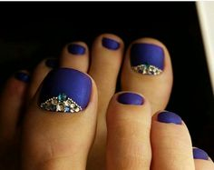 Gel Nail Tips, Uv Gel Nail Polish, French Manicure Designs, Toe Nail Designs, Purple Pedicure, Hair And Nails, My Nails, Summer Toe Nails, Sparkly Nails