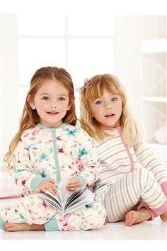 Young Girls Nightwear